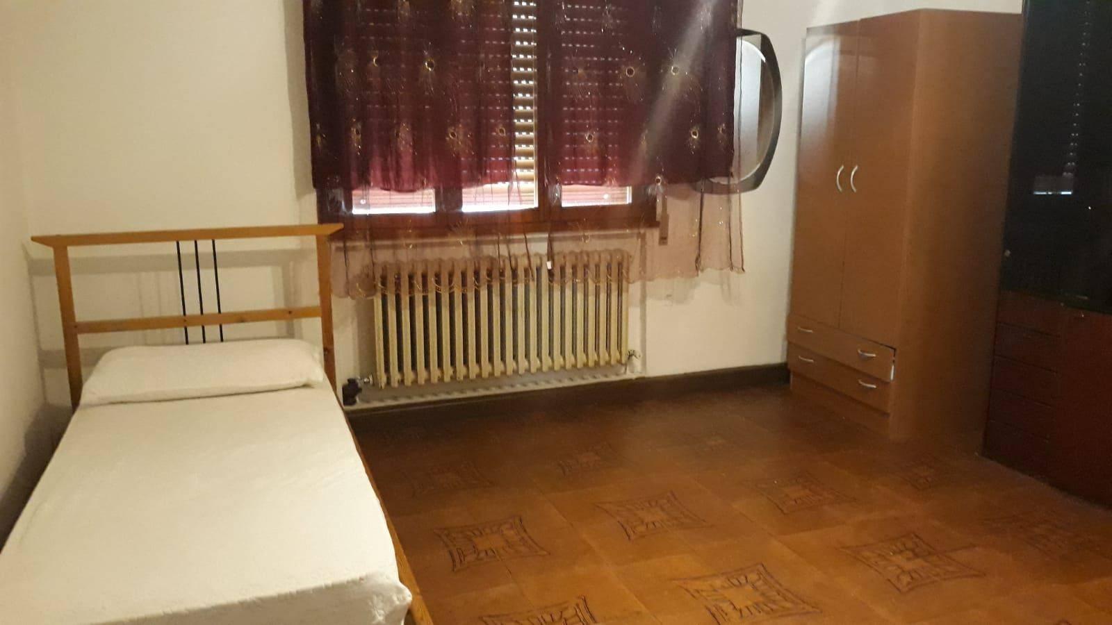 1 Camera da Letto Stanze da Letto, ,1 BagnoBathrooms,Appartamento,AFFITTO Studenti,1025